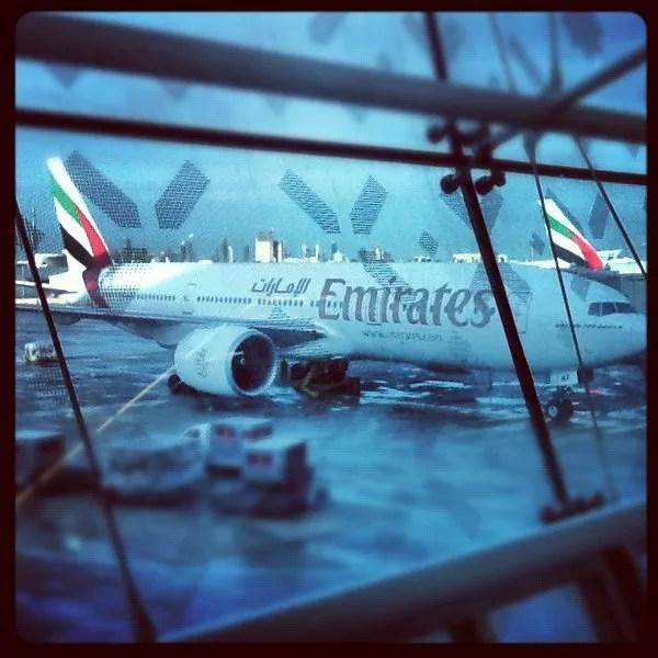 Avión de Emirates en el Aeropuerto de Dubai