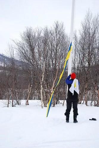 Cambio de bandera en Abiskojaure