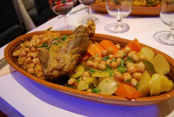 Cous cous saharaui en Chez Léon París