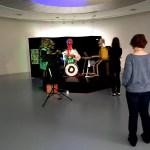 Fotos de Amberes, M HKA mirando una performance