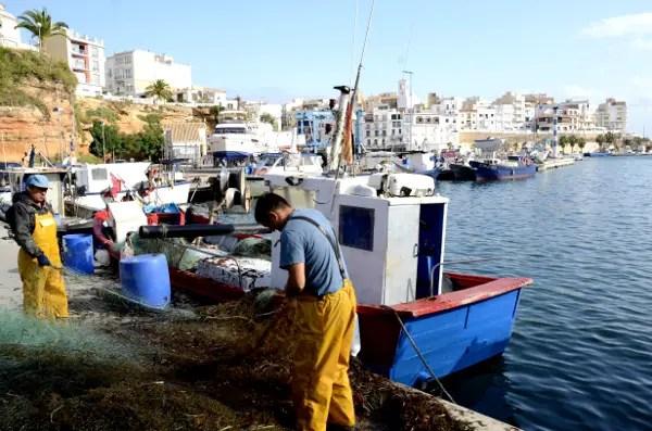 Fotos de Ametlla de Mar en Tarragona, pescadores y redes