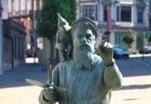 Fotos de Bruselas, estatua de Bruegel en La Chepelle