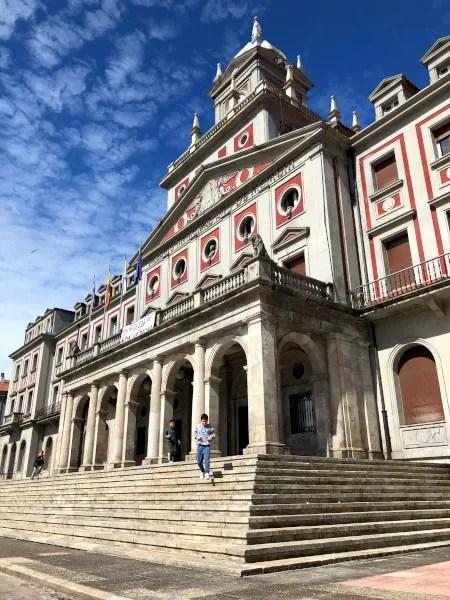Fotos de Ferrol en Galicia, Teo y Oriol en el Ayuntamiento de Ferrol