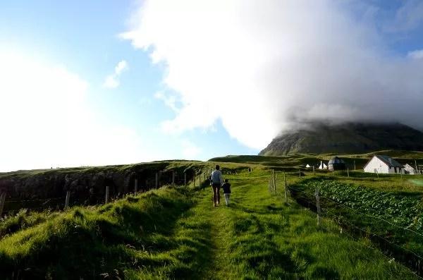 Fotos de Islas Feroe, Teo, Vero y Oriol en Gásadalur