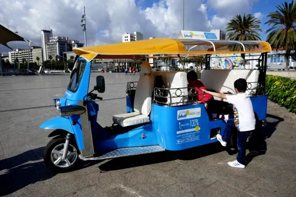 Fotos de Las Palmas de Gran Canaria, Teo y Oriol tuk tuk