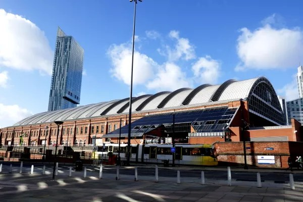 Fotos de Manchester, Manchester Central, tranvia y Torre Beetham