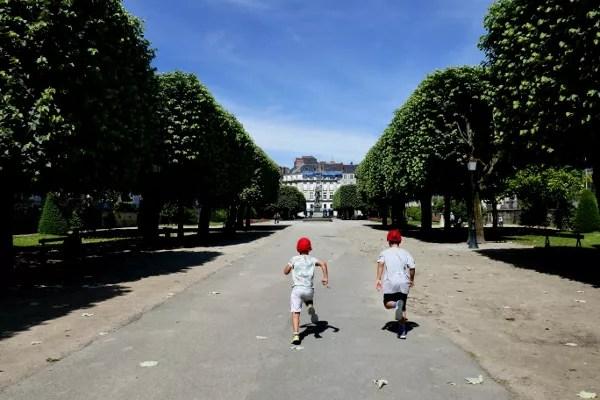 Fotos de Nantes en Francia, Teo y Oriol Cours Cambronne