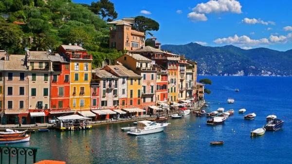 Fotos de Portofino en Italia, casas de colores