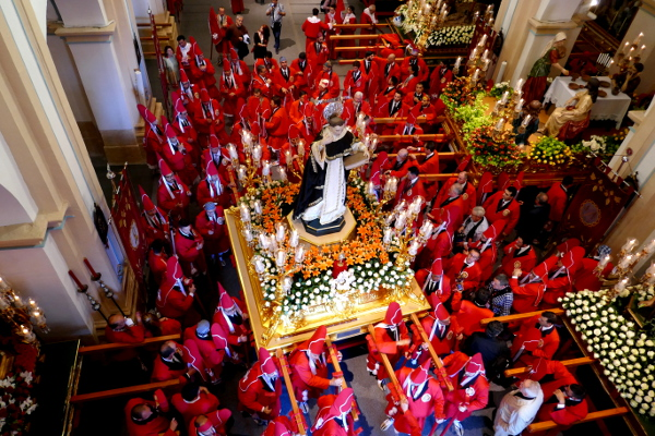 Fotos de Semana Santa de Murcia, coloraos antes de salir