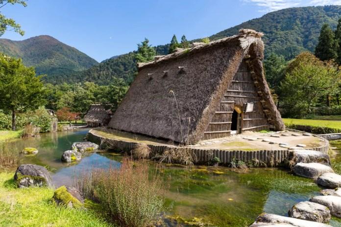 Fotos de Shirakawa-go en Japon, casa tradicional