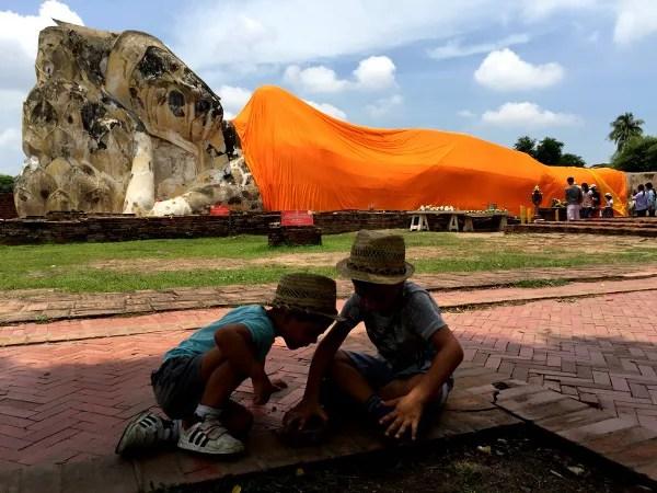 Fotos de Tailandia, Oriol y Teo en Ayutthaya