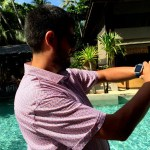 Fotos de Tailandia, Pau con el Fitbit Blaze en la piscina de Koh Phangan