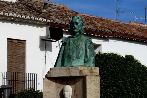 Fotos de Villanueva de los Infantes, estatua de Quevedo