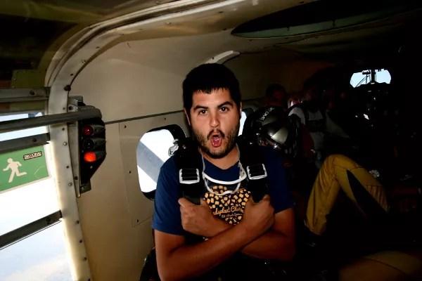 Fotos de saltos en paracaidas en Empuriabrava, dentro del avion