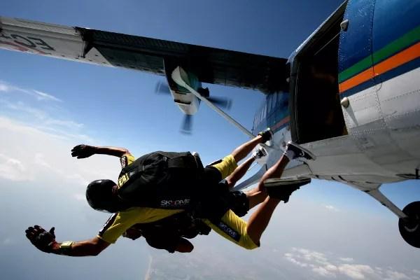 Fotos de saltos en paracaidas en Empuriabrava, salto