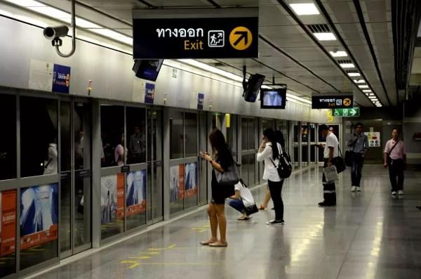 Fotos de transportes de Bangkok, MTR