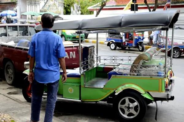 Fotos de transportes de Bangkok, tuk tuk