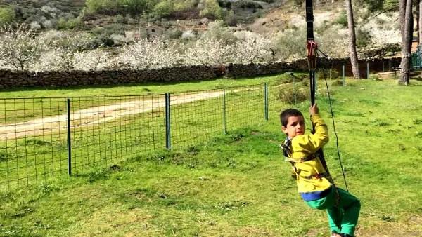 Fotos del Valle del Jerte, Parque Aventura Teo en la tirolina