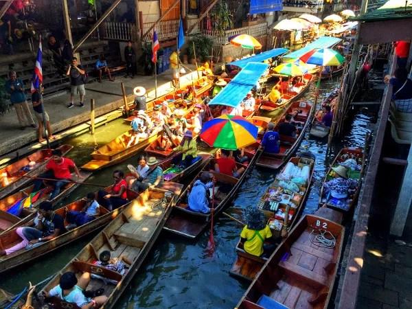 Fotos mercado flotante Damnoen Saduak, atasco