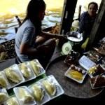 Fotos mercado flotante Damnoen Saduak, fruta