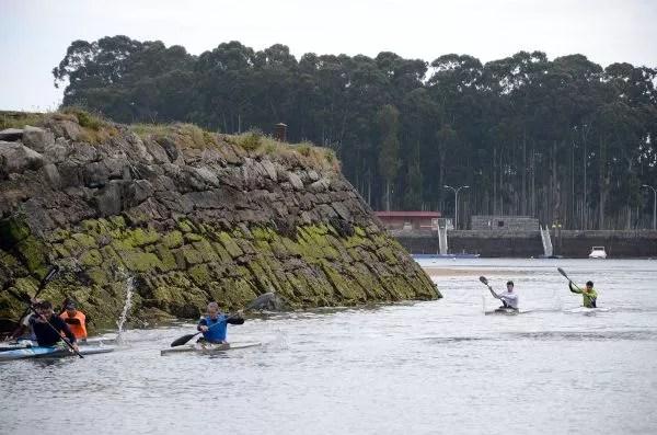 Kayak en la ría de Villaviciosa