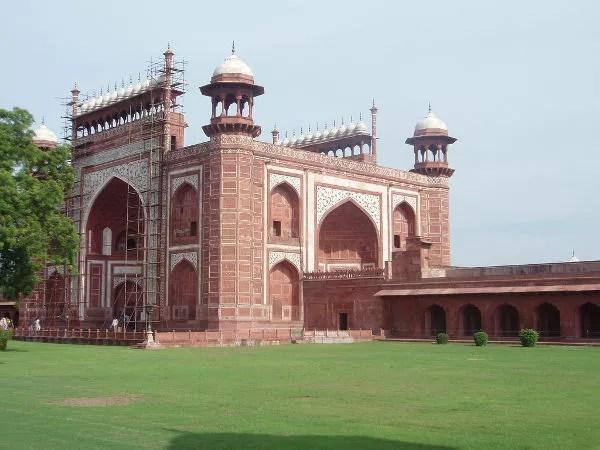 Las puertas del Taj Mahal