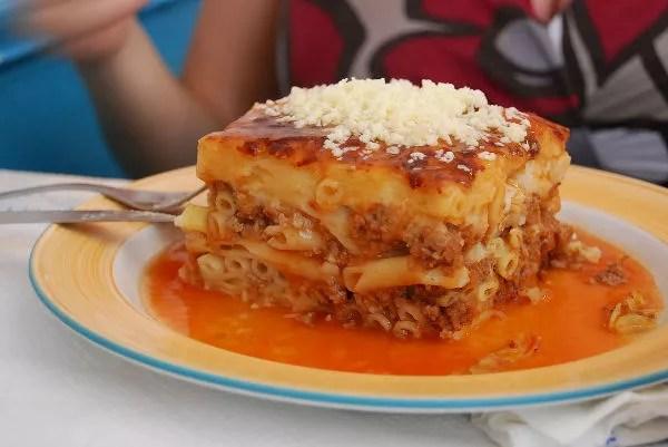 Lasagna griega en Santorini