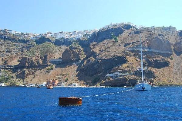 Nea Kameni, visita al volcán de Santorini