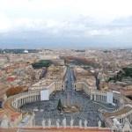 Plaza de San Pedro desde la la cúpula de la Basílica en el Vaticano