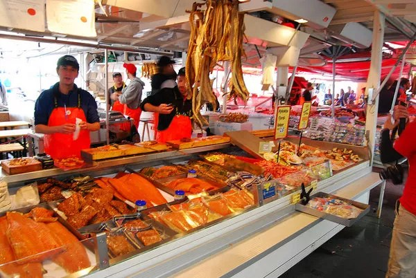 Puesto de la lonja del pescado de Bergen