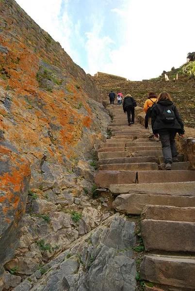 Subiendo a las ruinas de Ollantaytambo
