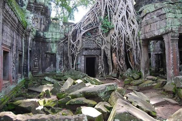 Ta Prohm en los templos de Angkor en Camboya