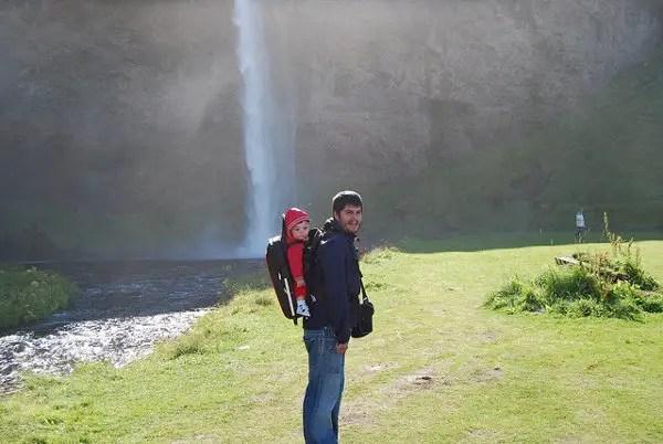 Teo y Pau en Seljalandsfoss