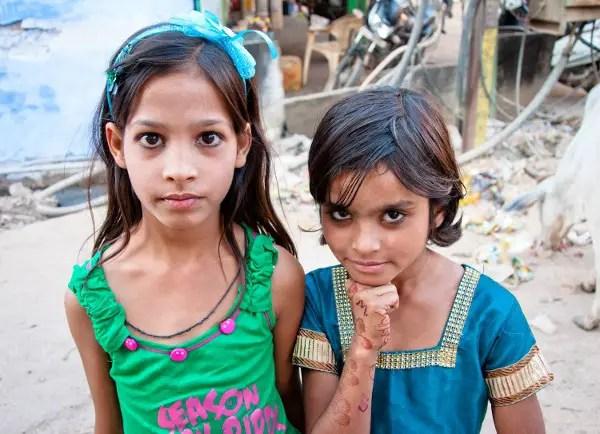 Viajes a India con Panipuri Viajes, niñas
