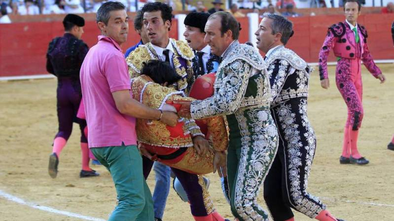 Muere El Torero Victor Barrio Tras Sufrir Una Cornada