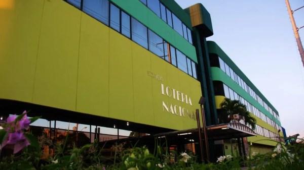 Fachada de la Lotería Nacional Dominicana