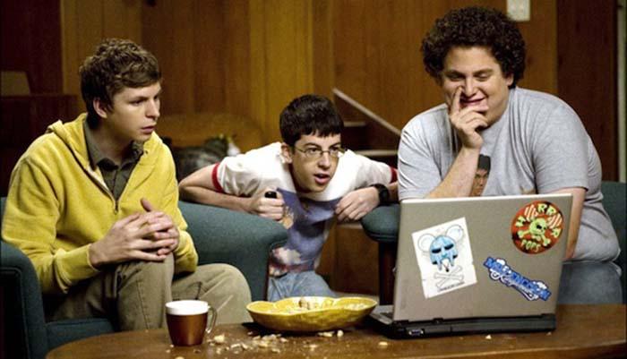 watch-movie-with-friends