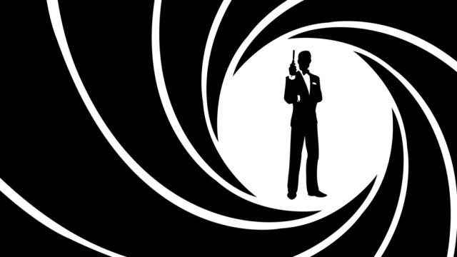 Gun Barrel James Bond El Palomitrón
