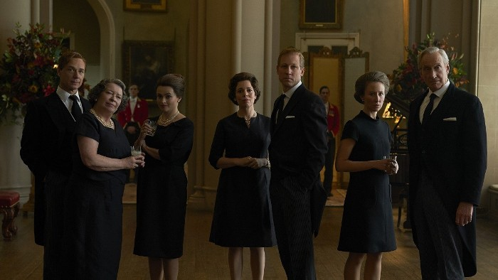 THE CROWN CAPITULOS CLAVE