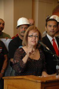 María Elena Durazo, secretaria ejecutiva de la federación de empleados del condado de Los Angeles. (Foto José Ubaldo/El Pasajero)