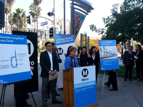 La integrante de la Junta Directiva de Metro, Diane DuBois, durante la conferencia para anunciar el cierre de estaciones de la Línea Azul para las mejoras que ésta necesita. Foto: Anna Chen/Metro.