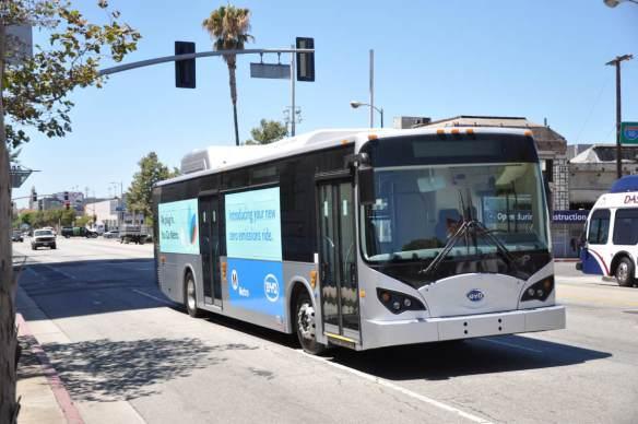 Este es el nuevo modelo de autobús eléctrico de Metro.