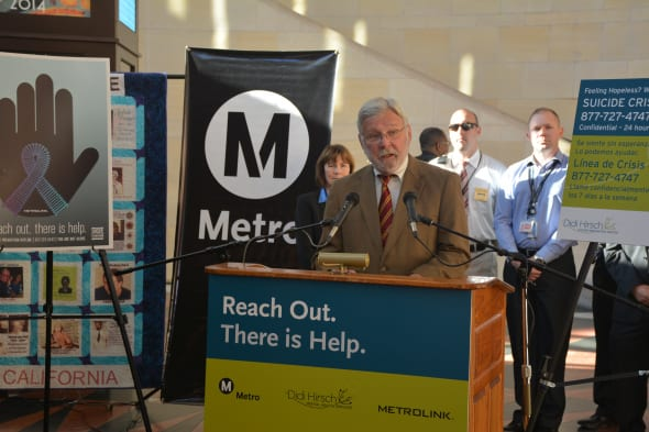 El director general ejective de Metro, Art Leahy, durante el anuncio de la campaña contra el suicidio. Foto: Luis Inzunza/Metro.
