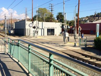 El centro, desde la estación Heritage Square.