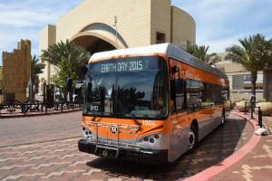 Uno de los cinco nuevos autobuses eléctricos de Metro. Foto: Luis Inzunza/Metro.
