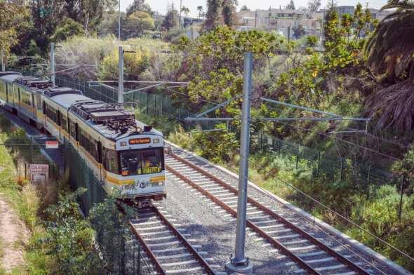 Tren de la Línea Expo