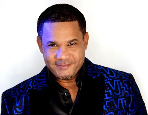 Hector Acosta-Homenje A Benny Sadel