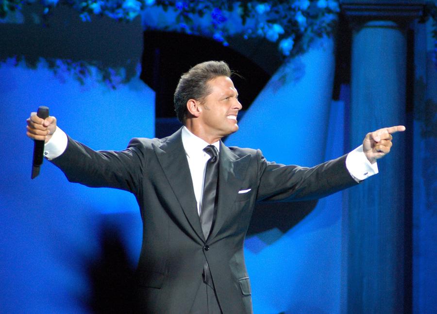 La compañía Metro Goldwyn-Mayer (MGM) llevará la vida de Luis Miguel al Cine