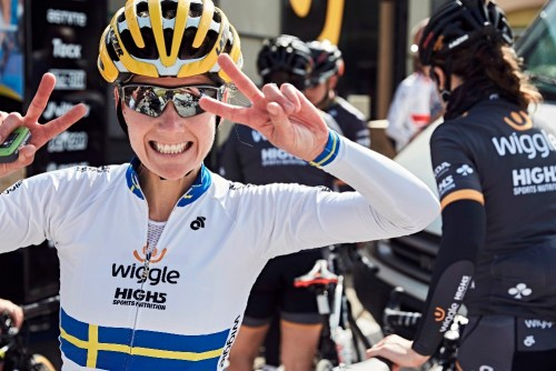 V of victory x 2! Thanks for a great career! Pic @WiggleHigh5