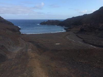 la única playa de la isla